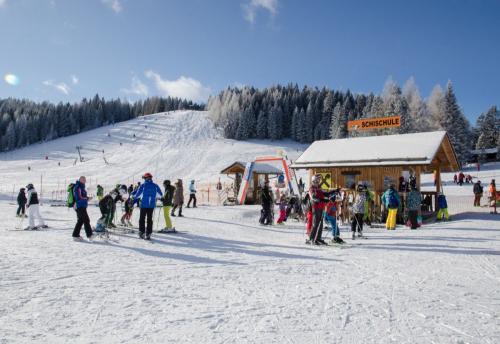Wintersportschule - Stodertal GmbH 15