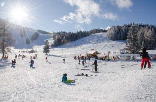 Wintersportschule - Stodertal GmbH 2
